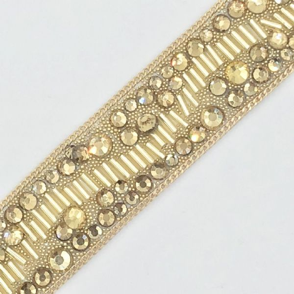1 metre x 20cm  Gold crystal bead and chain - irn004